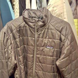 Patagonia men's jacket medium